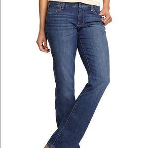 Old Navy NWT The Flirt Mid Rise Boot Cut Jean 12 T